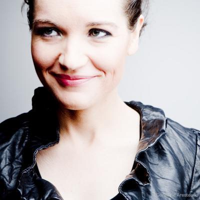 Liz Van Deuq (photo : Géraldine Aresteanu)