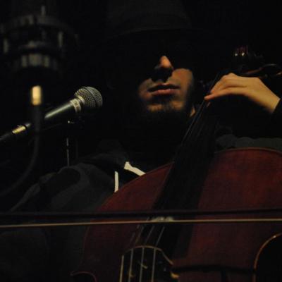 cello - par Lisa Pasquiet@LeTempsMachine
